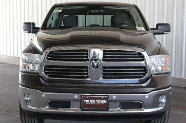 2016 Ram 1500 Crew Cab 4x4,  Pickup #GS291679 - photo 3