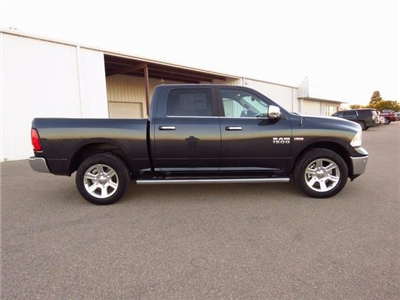 2018 Ram 1500 Crew Cab 4x4,  Pickup #JS117307 - photo 8