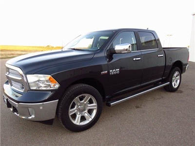 2018 Ram 1500 Crew Cab 4x4,  Pickup #JS117307 - photo 4