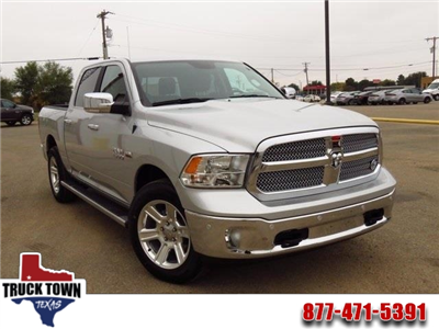 2018 Ram 1500 Crew Cab,  Pickup #JS125715 - photo 1