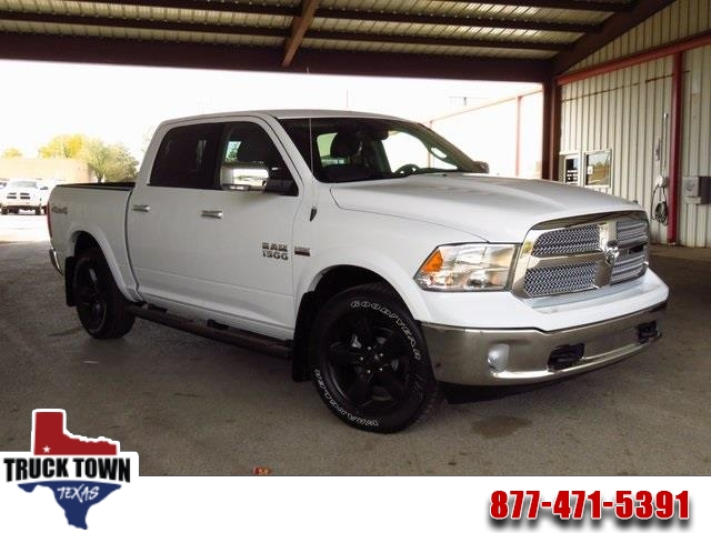 2018 Ram 1500 Crew Cab,  Pickup #JS127532 - photo 1