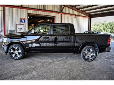 2019 Ram 1500 Crew Cab 4x2,  Pickup #KN502662 - photo 5