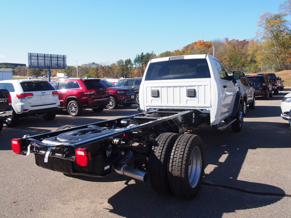 2017 Ram 5500 Regular Cab DRW 4x4, Cab Chassis #D17025 - photo 5
