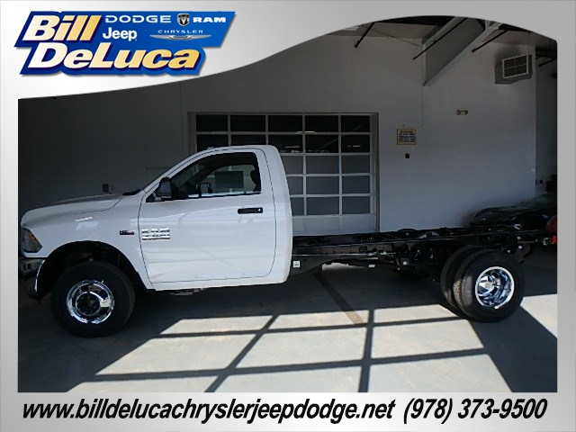 2017 Ram 3500 Regular Cab DRW 4x4 Cab Chassis #D17081 - photo 3