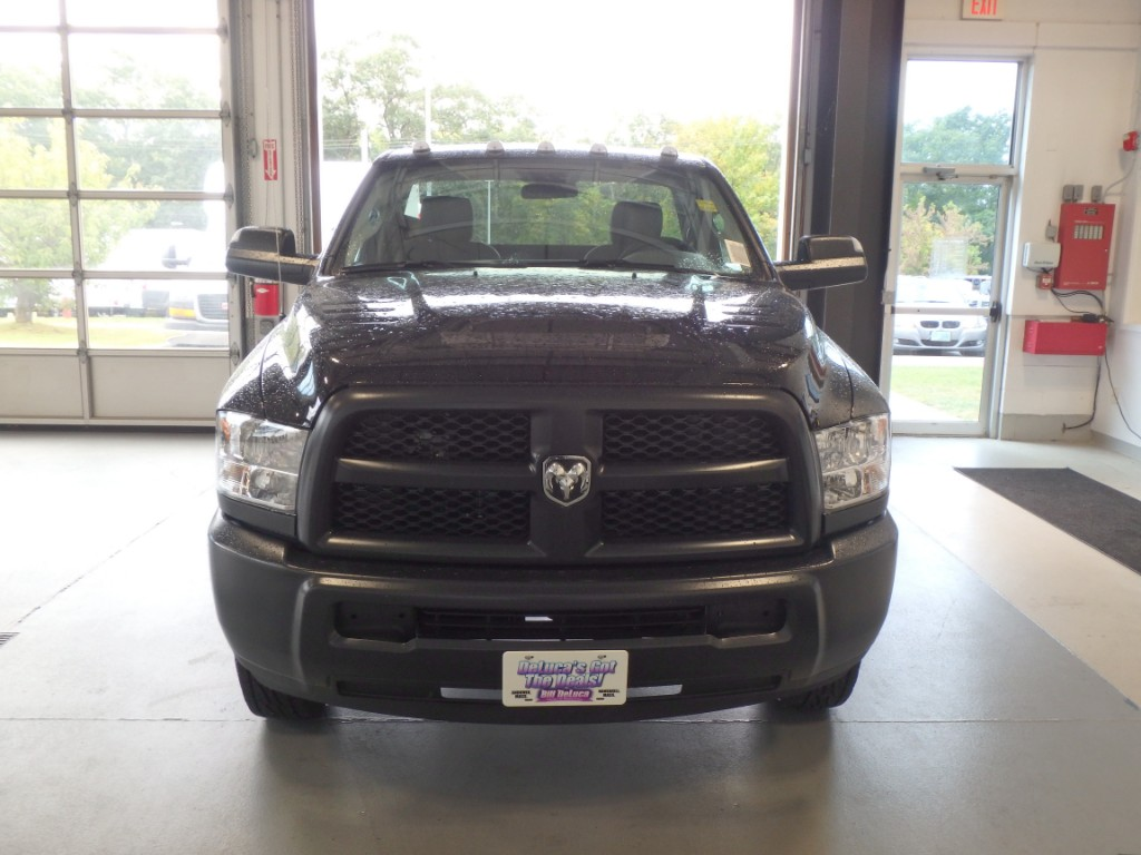 2017 Ram 3500 Regular Cab DRW 4x4, Cab Chassis #D17236 - photo 4