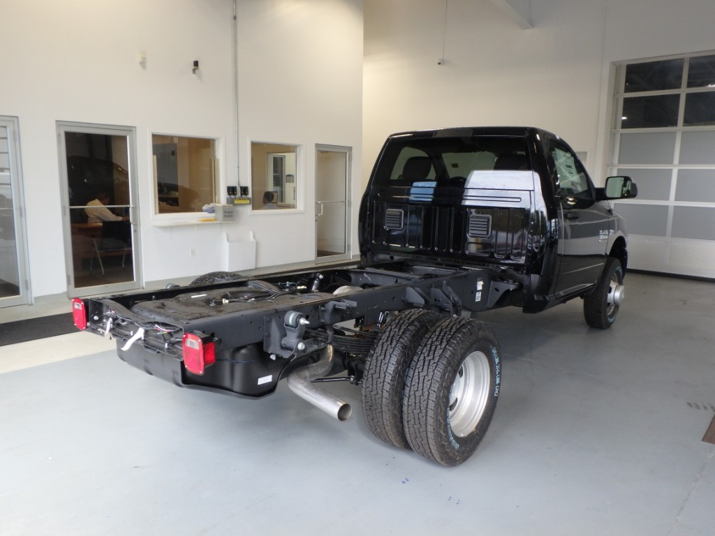 2017 Ram 3500 Regular Cab DRW 4x4, Cab Chassis #D17236 - photo 2