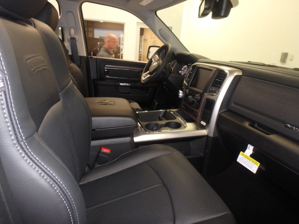 2018 Ram 1500 Crew Cab 4x4,  Pickup #D18136 - photo 7