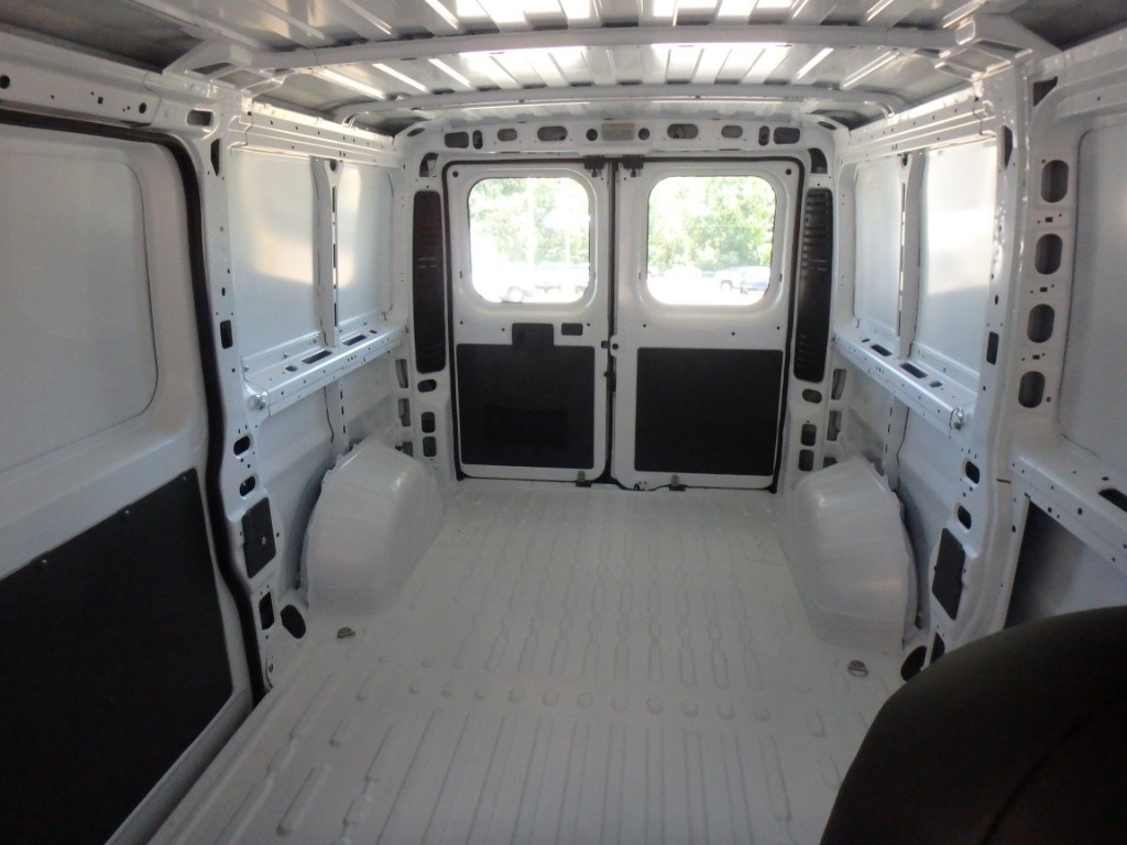 2018 ProMaster 1500 Standard Roof FWD,  Empty Cargo Van #D18185 - photo 8