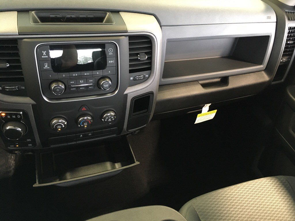 2019 Ram 1500 Quad Cab 4x4,  Pickup #D19047 - photo 11