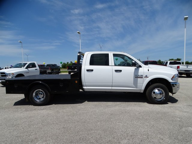2017 Ram 3500 Crew Cab DRW 4x4, Hauler Body #D15144 - photo 8