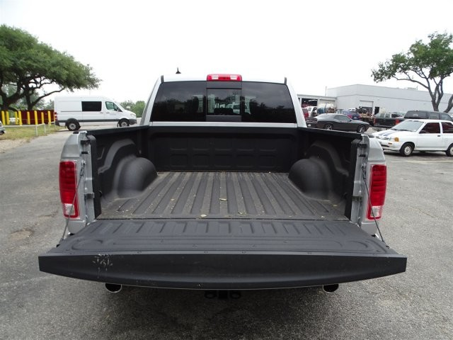 2017 Ram 1500 Crew Cab, Pickup #D15212 - photo 15