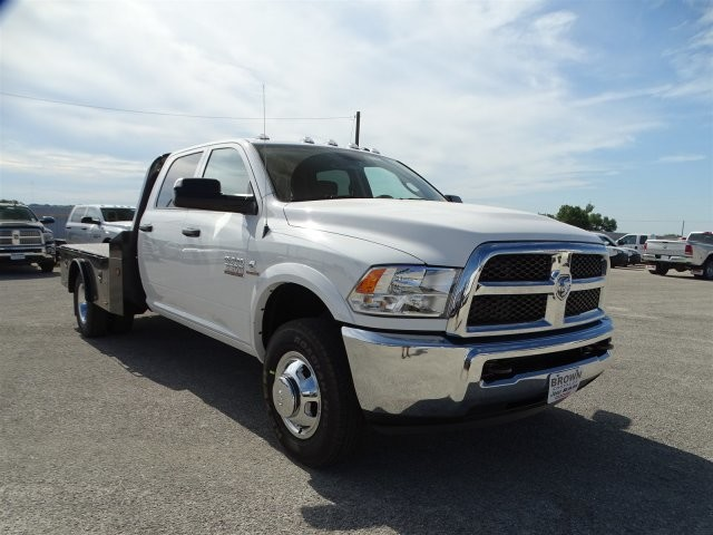 2017 Ram 3500 Crew Cab DRW 4x4, Platform Body #D15268 - photo 5