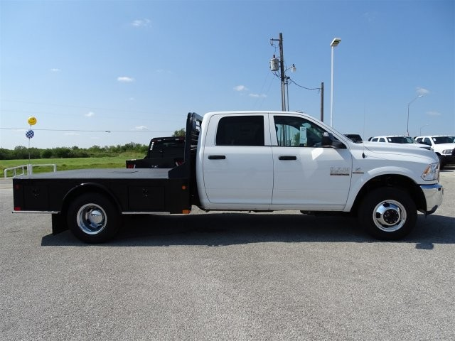 2017 Ram 3500 Crew Cab DRW 4x4, Platform Body #D15286 - photo 8