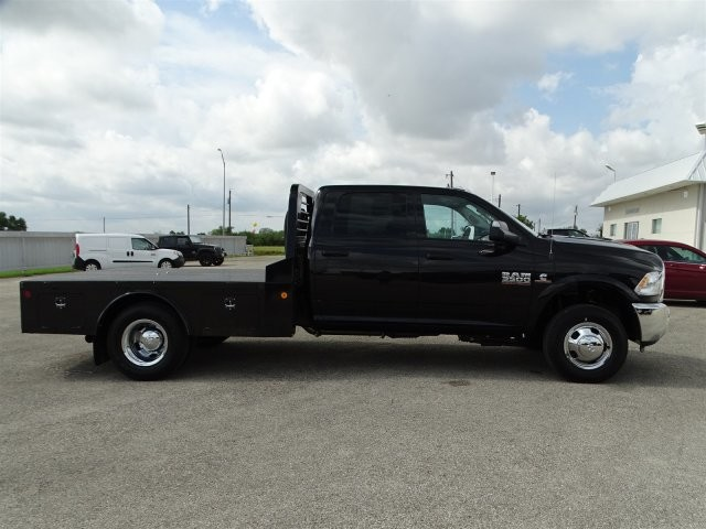 2017 Ram 3500 Crew Cab DRW 4x4, Platform Body #D15288 - photo 8