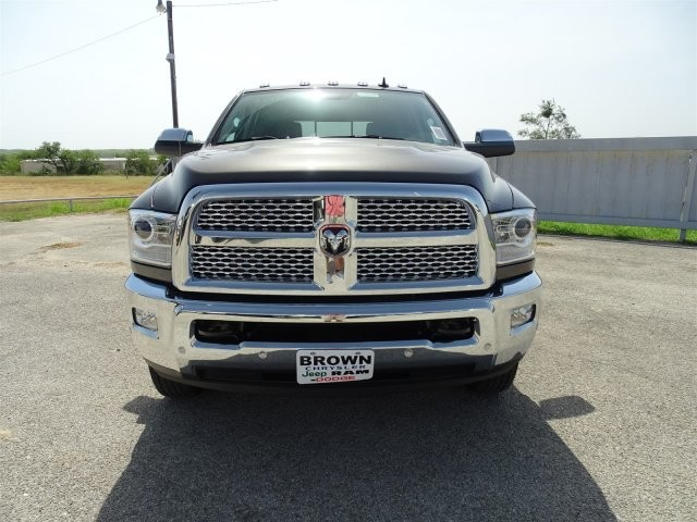 2017 Ram 3500 Crew Cab DRW 4x4, Pickup #D15345 - photo 4