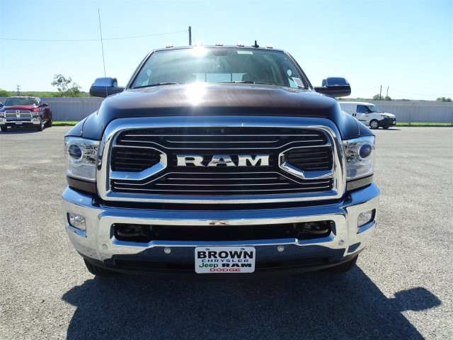 2017 Ram 3500 Crew Cab DRW 4x4, Pickup #D15346 - photo 4