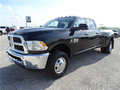2017 Ram 3500 Crew Cab DRW 4x4 Pickup #D15401 - photo 3