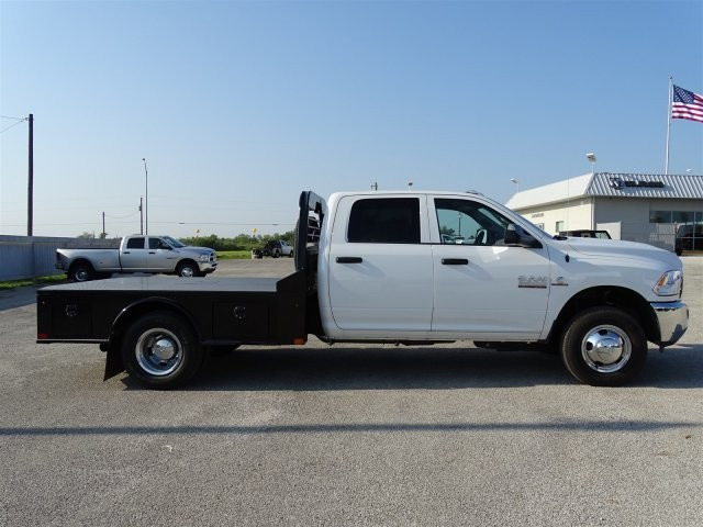 2017 Ram 3500 Crew Cab DRW 4x4, PJ Trailer Platform Body #D15425 - photo 9