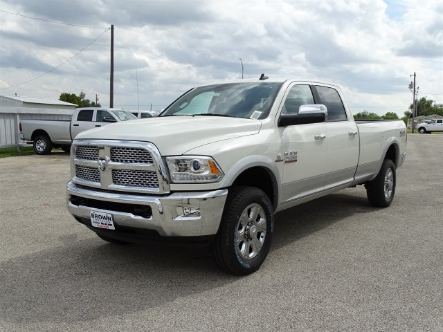 2018 Ram 2500 Crew Cab 4x4 Pickup #D15455 - photo 3