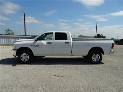 2018 Ram 3500 Crew Cab 4x4, Pickup #D15467 - photo 5