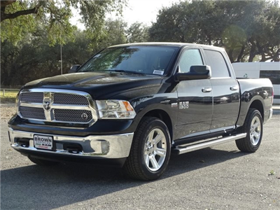 2018 Ram 1500 Crew Cab, Pickup #D15541 - photo 5