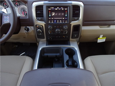 2018 Ram 1500 Crew Cab, Pickup #D15541 - photo 11