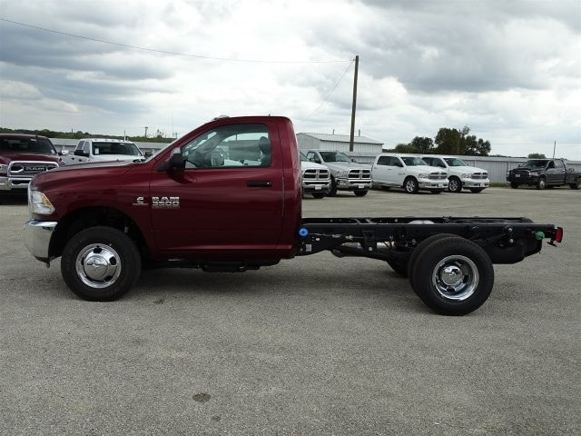 2018 Ram 3500 Regular Cab DRW 4x4 Cab Chassis #D15552 - photo 5