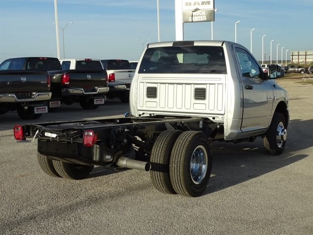 2018 Ram 3500 Regular Cab DRW 4x4, Cab Chassis #D15576 - photo 2