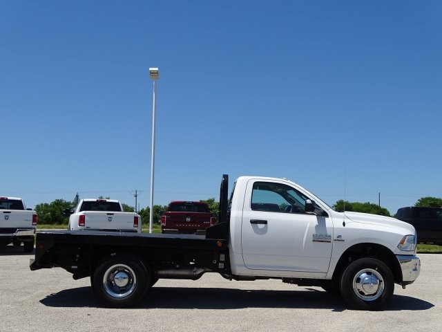 2018 Ram 3500 Regular Cab DRW 4x4, Platform Body #D15579 - photo 10