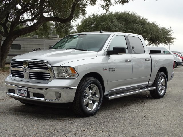 2018 Ram 1500 Crew Cab 4x2,  Pickup #D15634 - photo 4