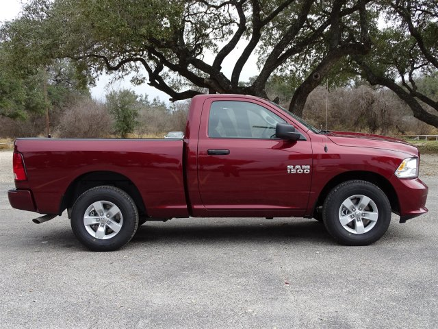2018 Ram 1500 Regular Cab 4x2,  Pickup #D15641 - photo 9