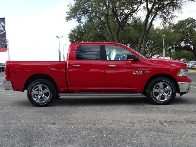 2018 Ram 1500 Crew Cab 4x2,  Pickup #D15644 - photo 9