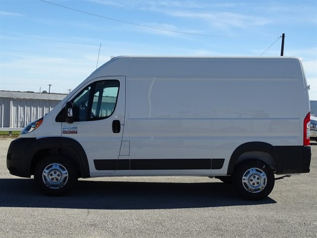 2018 ProMaster 2500 High Roof 4x2,  Empty Cargo Van #D15650 - photo 9