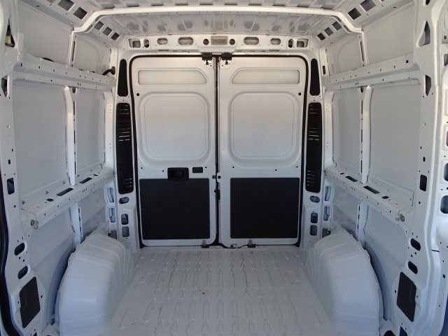 2018 ProMaster 2500 High Roof 4x2,  Empty Cargo Van #D15650 - photo 6