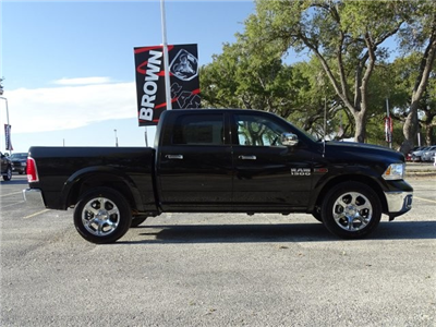 2017 Ram 1500 Crew Cab 4x4, Pickup #D15660 - photo 9