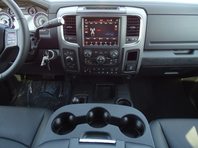 2018 Ram 2500 Crew Cab 4x4, Pickup #D15765 - photo 11