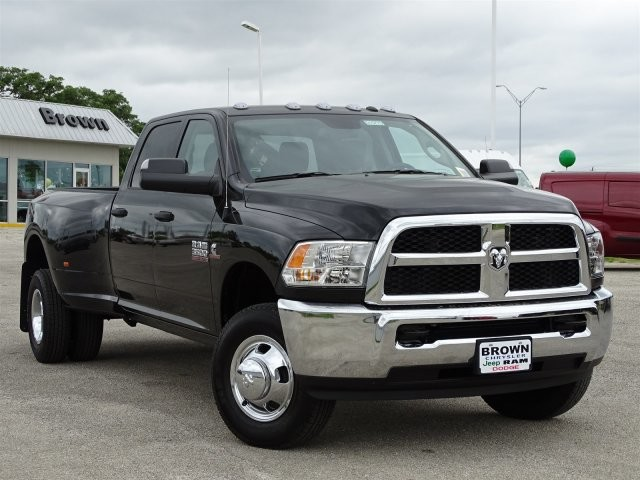 2018 Ram 3500 Crew Cab DRW 4x4, Pickup #D15773 - photo 3