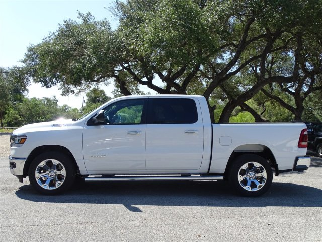 2019 Ram 1500 Crew Cab 4x2,  Pickup #D15813 - photo 4