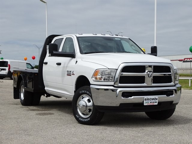 2017 Ram 3500 Crew Cab DRW 4x4, Platform Body #D15830 - photo 3
