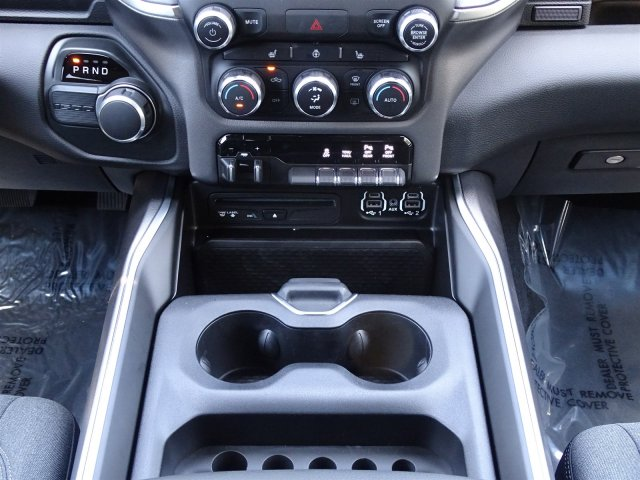 2019 Ram 1500 Crew Cab 4x2,  Pickup #D15835 - photo 12