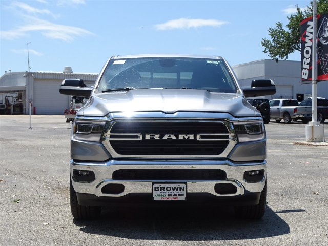 2019 Ram 1500 Crew Cab 4x2,  Pickup #D15835 - photo 4