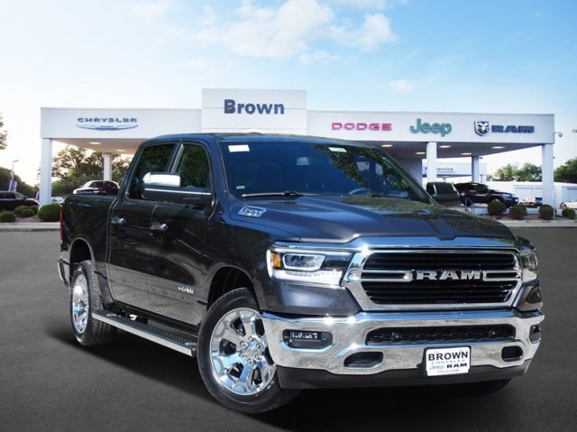 2019 Ram 1500 Crew Cab 4x2,  Pickup #D15840 - photo 1