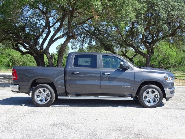 2019 Ram 1500 Crew Cab 4x2,  Pickup #D15840 - photo 9
