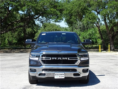 2019 Ram 1500 Crew Cab 4x2,  Pickup #D15840 - photo 3