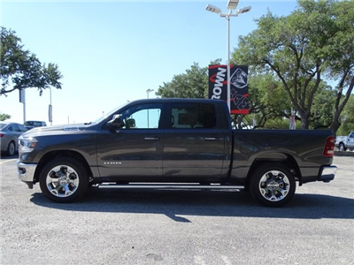 2019 Ram 1500 Crew Cab 4x2,  Pickup #D15840 - photo 5