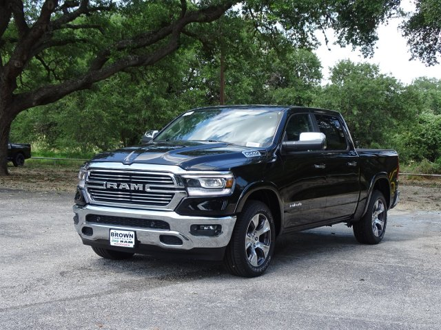 2019 Ram 1500 Crew Cab 4x2,  Pickup #D15844 - photo 4