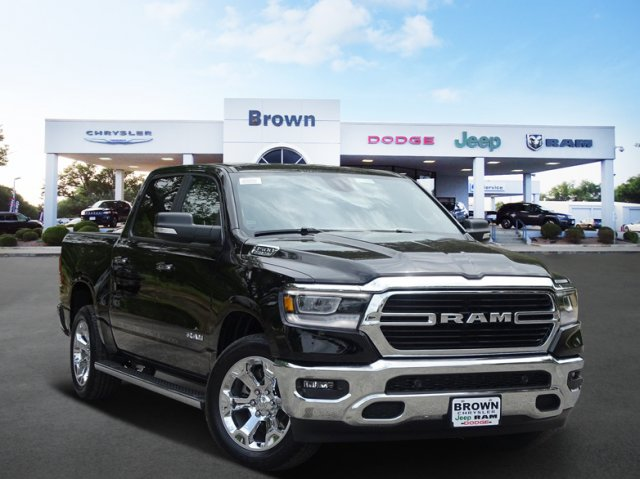 2019 Ram 1500 Crew Cab 4x2,  Pickup #D15848 - photo 1