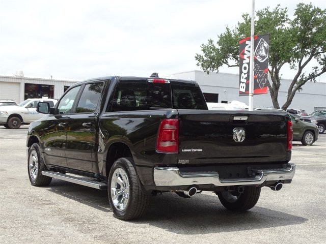 2019 Ram 1500 Crew Cab 4x2,  Pickup #D15848 - photo 7