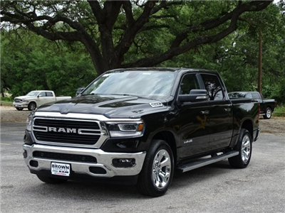 2019 Ram 1500 Crew Cab 4x2,  Pickup #D15848 - photo 5