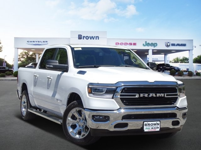 2019 Ram 1500 Crew Cab 4x2,  Pickup #D15849 - photo 1